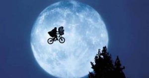 ET in a full moon